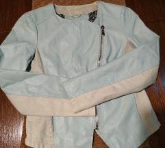 Plavo bež jaknica