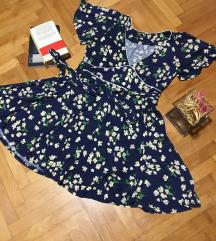 Cvetna haljinica za sve prilike