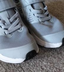 Nike decije patike vel.28