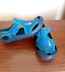 Sandale Nike 15,5 cm br 24