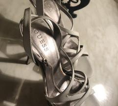 Belo-srebrne GUESS sandalice
