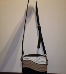 Nova trobojna torbica
