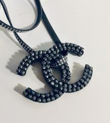 Chanel ogrlica od circola sa6x5,7cm