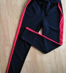 Extra high waist crne sa trakicom pantalone L/XL