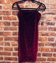 Plišana bordo crvena haljina