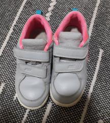Nike patike za devojcicu br 27♡