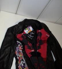 DESIGUAL NOVA!!!! kozna jakna