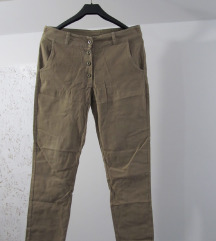 ITALY smeđe pantalone vel. L
