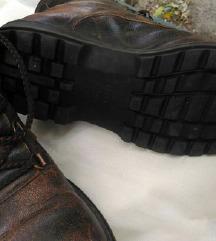 Talijanske kozne cipele Genuine br. 37