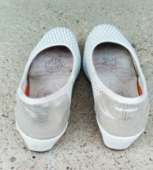 Bele kožne cipele, 38
