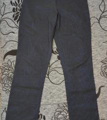 Duboke teget pantalone