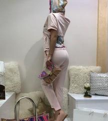 Raw roze trenerka NOVO
