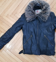 Prelepa zimska jakna sa krznom NOVO SOK CENA