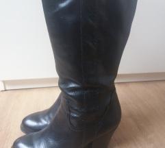 Bata cizme crne