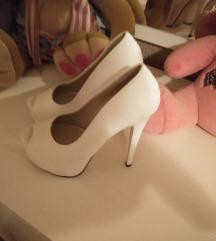 Salonke cipele na stiklu br..39
