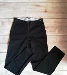 Crne orsay pantalone
