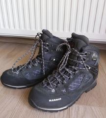 Zenske planinarske cipele MAMMUT br.40.2/3