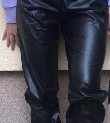 Siroke pantalone kozne Zimske
