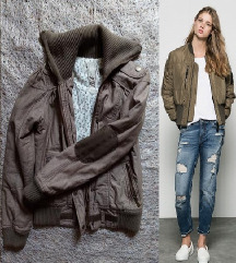 NOVA Bershka jakna