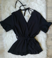Crna bluza sa karnerima NOVA