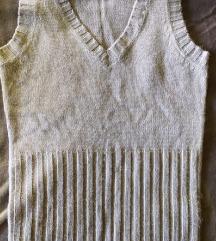Sivi džemper veličine S