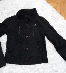 Crna tanja jaknica