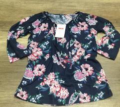 bluzica sa cvetovima novo