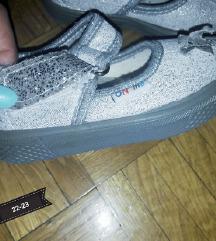 Nove sandalice s anatomskim