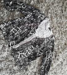 Zmijski print blejzer
