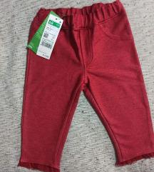 Benetton baby pantalone sa etiketom 68