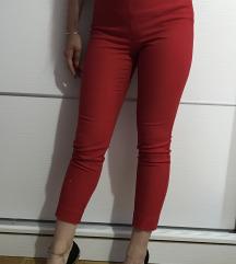 """Crvene """"Stradivarius"""" pantalone"""