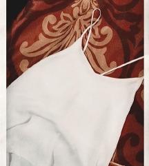 bela majica