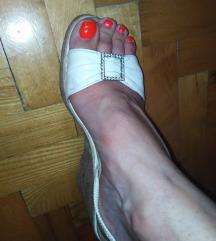 Bele sandale 39 SNIŽENE 500