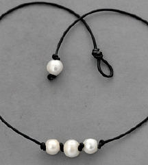 Nova crna ogrlica sa biserima