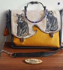 Portret mace rucno oslikan na torbi