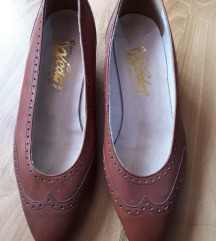 Potpuno nove elegantne cipele iz francuske gaz. 25