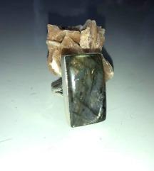 prsten LABRADORIT