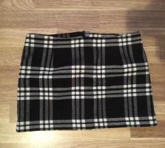 Zimska karirana mini suknja 36