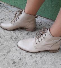 NOVE kozne duboke cipele u nude boji