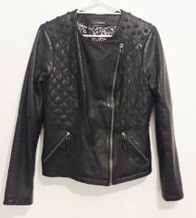 KOŽNA jakna sa nitnama kao nova 40