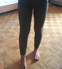 LCW maslinaste pantalone