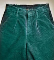 FOREVER 21 kapri pantalone