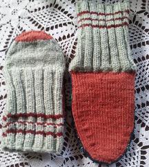 Rucno pletene vunene carape