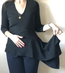 Zara crna bluza sa karnerom