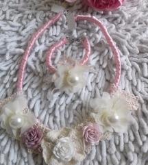 Romantična ogrlica i narukvica Novo