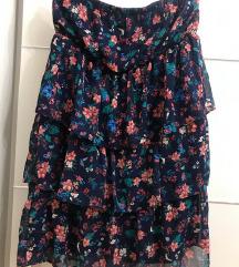 New yorker suknja nenosena