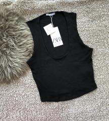 Zara NOVA majica sa etiketom rezzz