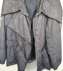 Maslinasto zelena jakna,velicina 46-48