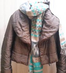 Savrsena moderna mladalacka jakna br40