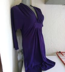 Ljubicasta haljina sa dekolteom M